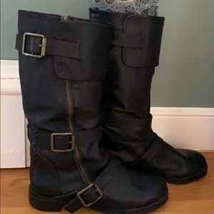 Leather moto boot